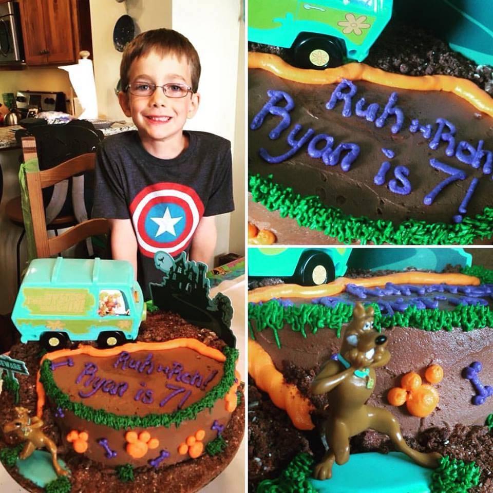Wondrous Gluten Free Scooby Doo Birthday Cake Third Coast Bakery Funny Birthday Cards Online Alyptdamsfinfo